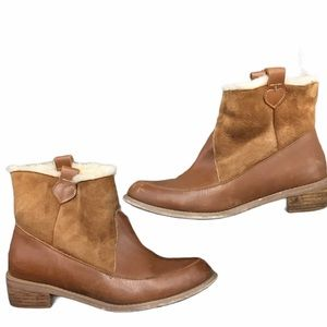 F TROUPE LEATHER SHEARLING ANKLE BOOTS Sz 8